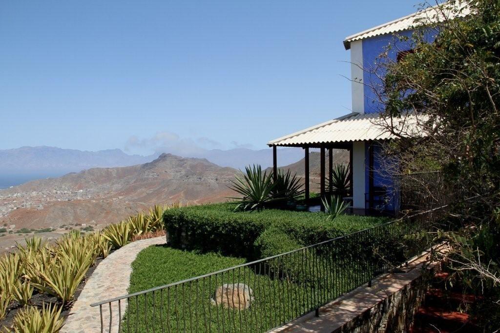 Casa azul mindelo sao vicente cap vert hotel photos for Reservation hotel dans le monde