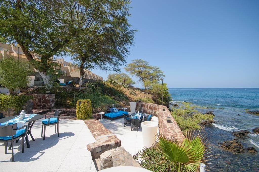 H tel oasis atlantico praia mar 4 praia santiago cap for Reservation hotel dans le monde