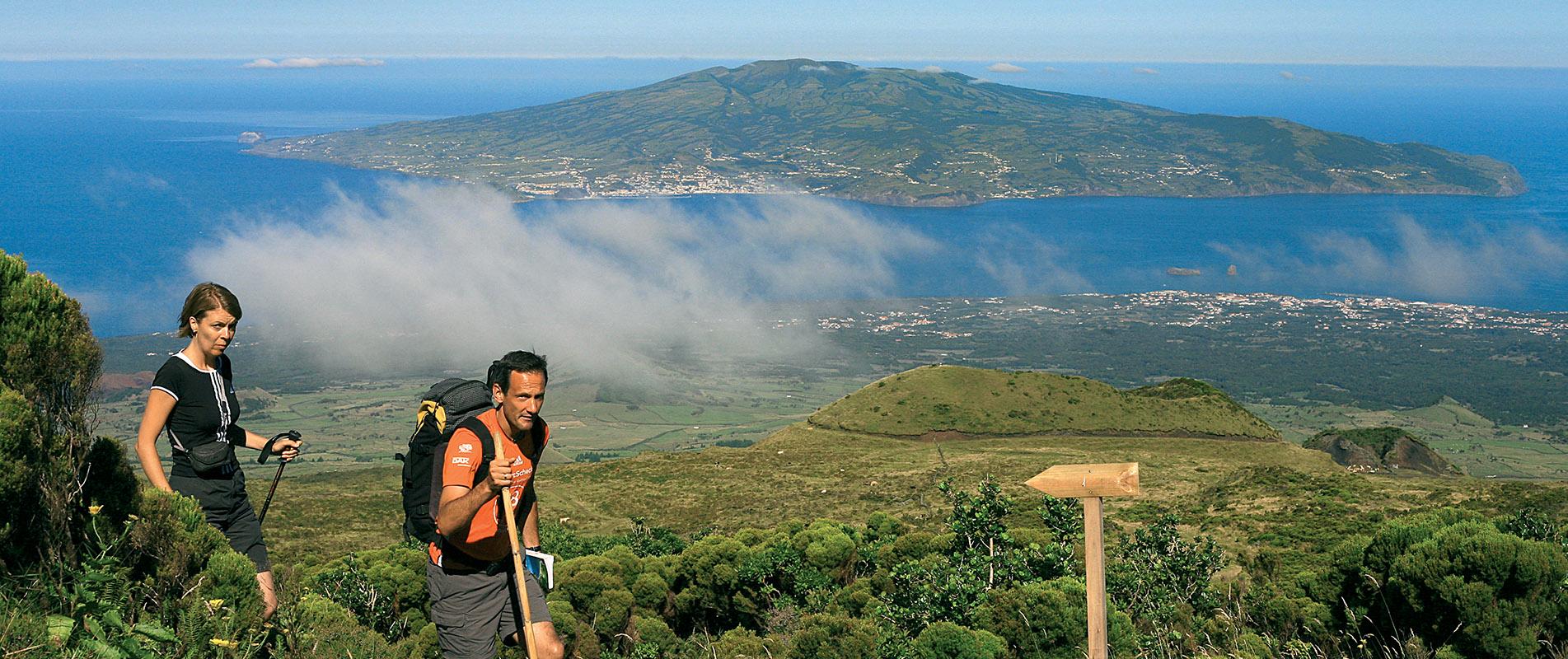 Decouvrez L Ile De Pico Aux Acores Hotels Circuits Voyages Aux