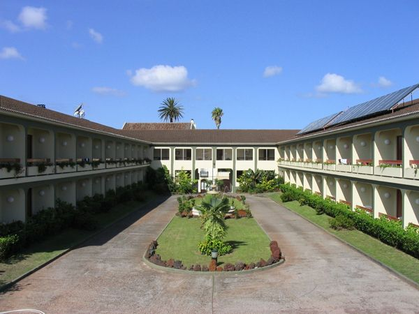 H tel canadiano 3 sao miguel a ores h tel r servation for Reservation hotel dans le monde