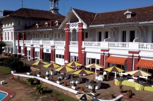 madagascar-antsirabe-hotel-les-thermes-facade