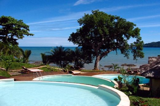 madagascar-nosy-be-hotel-vanila-spa-resort-piscine