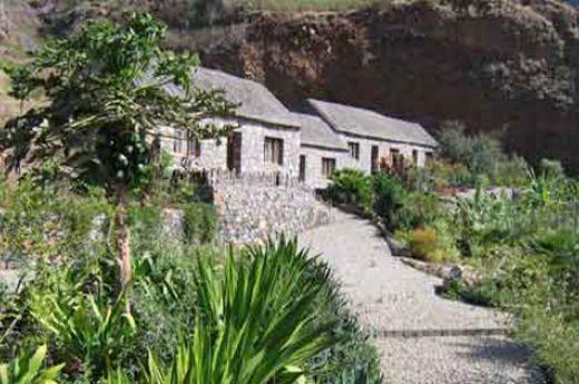 H tel pedracin village santo antao cap vert hotel for Reservation hotel dans le monde