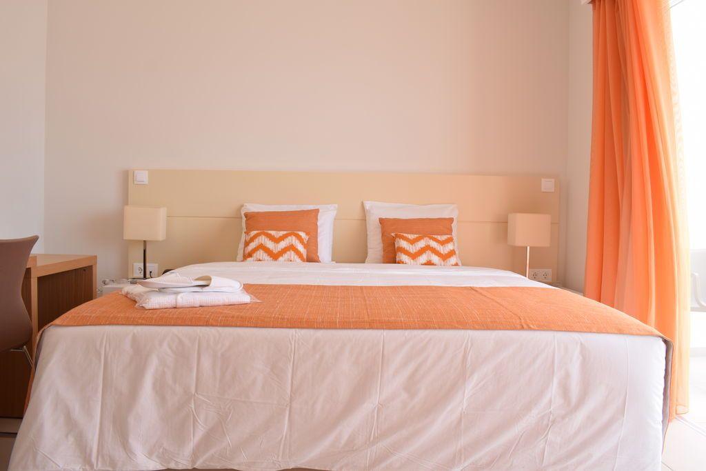 H tel tiduca santo antao cap vert hotel photos for Reservation hotel dans le monde